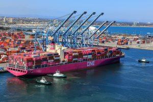 container ship terminal port
